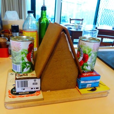 Assembling gingerbread house